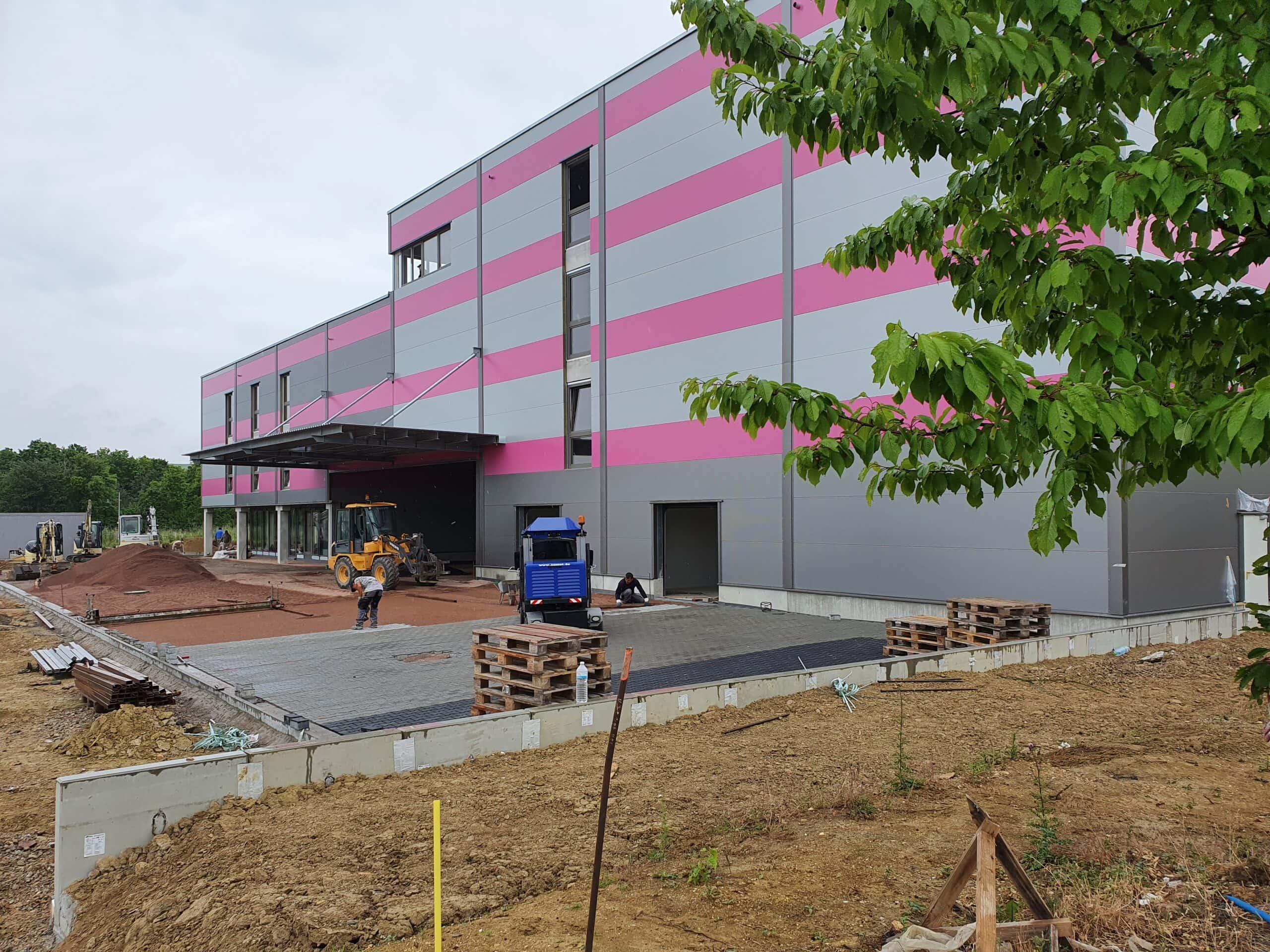 Second Home Selfstorage - Neubau -Außenanlagen - Pflaster